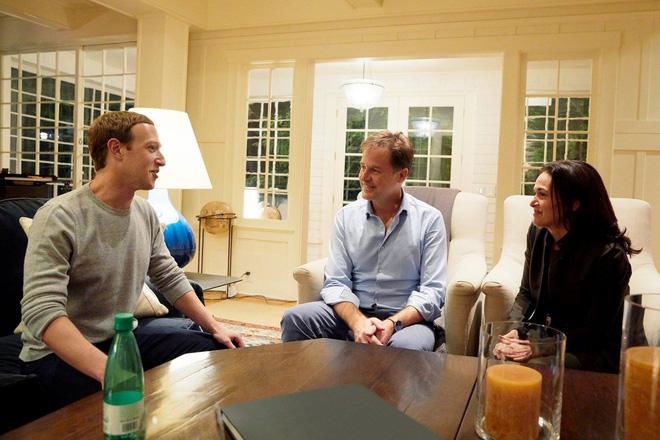 2 lãnh đạo cao cấp và một lãnh đạo tương lai của Facebook.