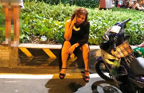 Nữ tài xế gây ra vụ tai nạn liên hoàn đang đối mặt với những trách nhiệm.