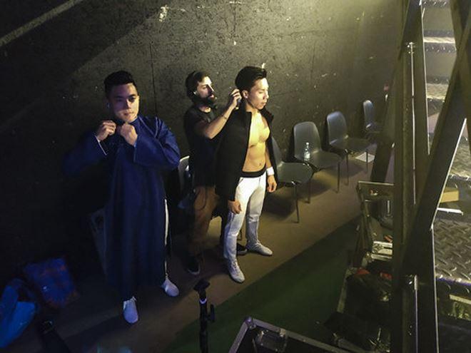 Do thời tiết khá lạnh, nhằm đảm bảo chất lượng thu hình, toàn bộ phần xác lập kỷ lục của hai anh em Cơ- Nghiệp sẽ được thực hiện tại studio (phòng thu).