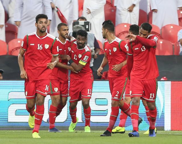 Oman giành vé đi tiếp đầy nghẹt thở