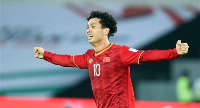 HLV Park Hang-seo sẽ giữ nguyên bộ ba tấn công gồm Quang Hải - Công Phượng - Phan Văn Đức đấu Nhật Bản ở tứ kết Asian Cup 2019. Ảnh: I.T