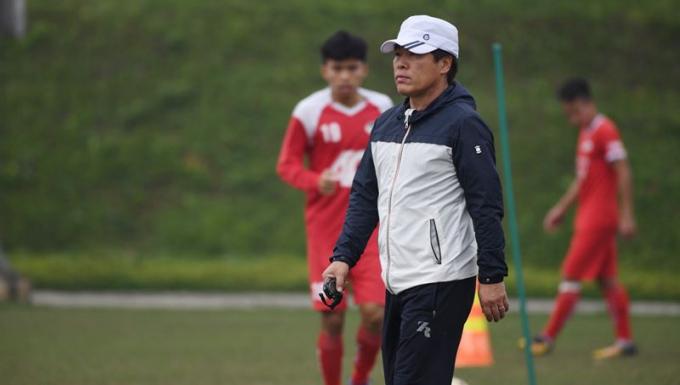 Tân HLV trưởng của CLB Viettel - ông Lee Heung Sil.