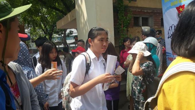 Thi lớp 10 luôn là cuộc thi cam go với HS Hà Nội. Ảnh minh họa