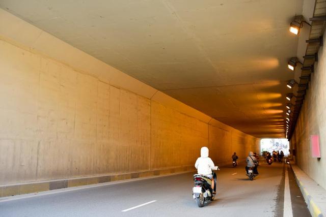 Hầm chui Thanh Xuân dài 980m, trong đó chiều dài của phần hầm kín là 109m, thiết kế 4 làn xe chạy trên mặt cắt ngang 14m.