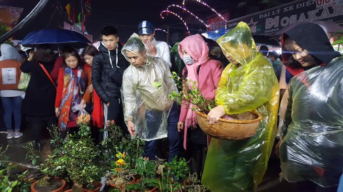 Chợ Viềng xuân 2018 trước giờ khai Lễ
