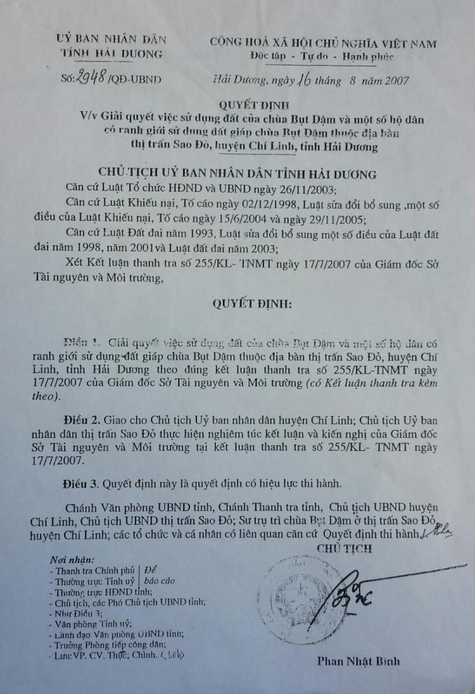 Chủ tịch UBND tỉnh Hải Dương Phan Nhật Bình đã ký Quyết định 2948/QĐ-UBND ngày 16/8/2007 chỉ đạo xử lý sự việc trên nhưng UBND thị xã Chí Linh, UBND thị trấn Sao Đỏ đến nay vẫnkhông thực hiện.