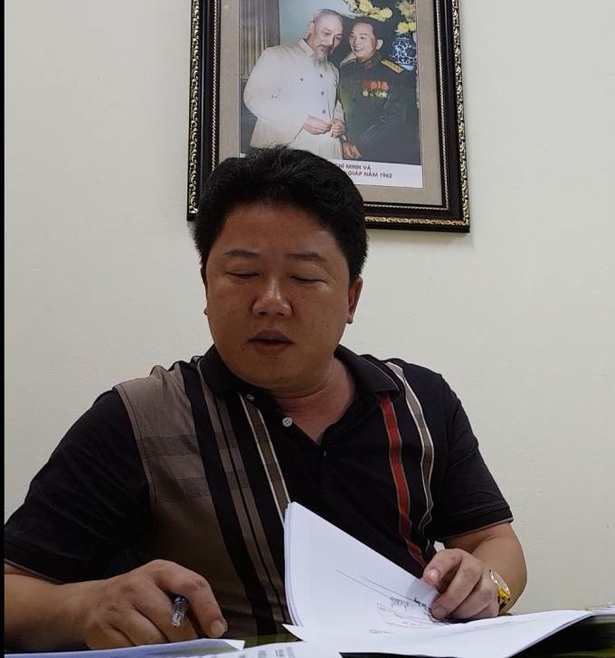 Ông Nguyễn Cảnh Quang, Phó Chủ tịch UBND phường Láng Hạ cho rằng do chưa nhận được chỉ đoạ của cấp trên nên phía phường vẫn