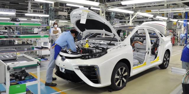 Các liên doanh sản xuất, lắp ráp và nhập khẩu xe hơi tại Việt Nam vừa thông qua đại diện VAMA để xin Chính phủ không áp dụng quy định đường thử 800m cho các doanh nghiệp đang hoạt động.
