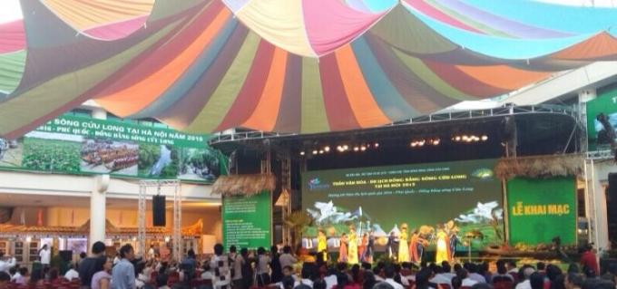 Tuần văn hóa - du lịch Đồng bằng Sông Cửu Long thu hút đông đảo mọi người (ảnh Thanh huyền)