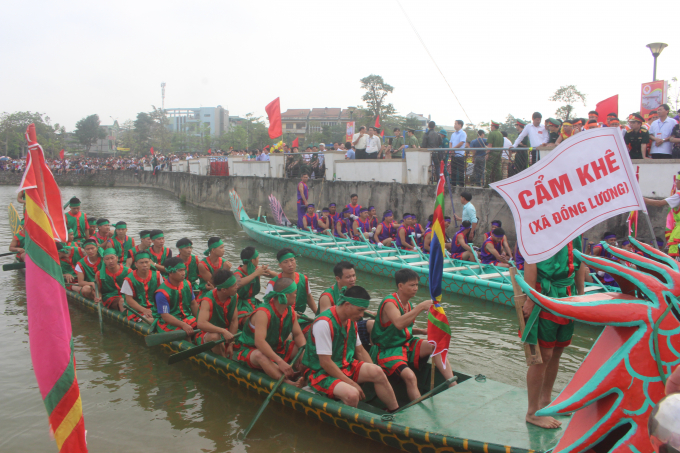 Giỗ Tổ Hùng Vương 2018: Hào hứng Hội thi bơi chải Việt Trì mở rộng 2018