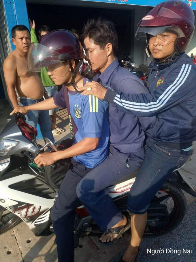 Nghi phạm bị bắt giữ sau gần 1 ngày gây án. ảnh:facebook NĐN