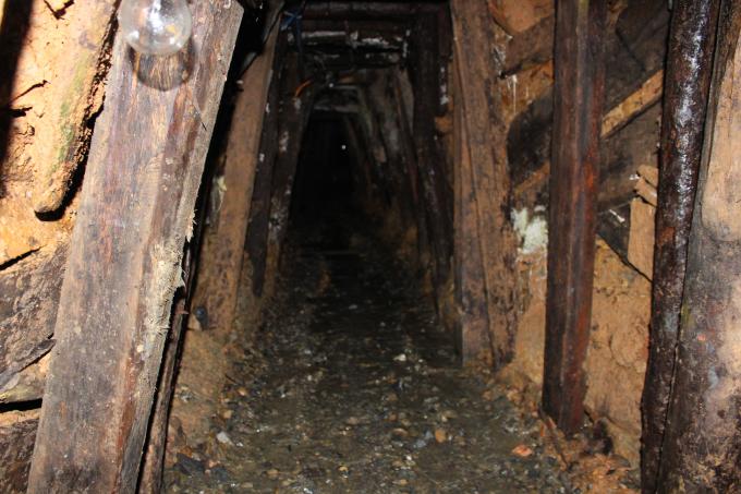Hầm địa đạo của