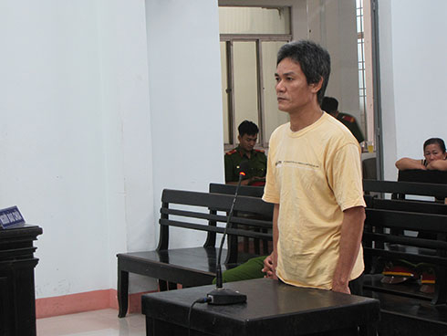 Bị cáo Lê Ngọc Sơn tại phiên tòa ( Ảnh: N.V).