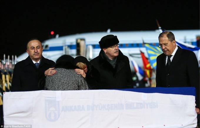Nhận định về đại sứ Karlov, ông Richard Moore - đại sứ Anh ở Thổ Nhĩ Kỳ chia sẻ: