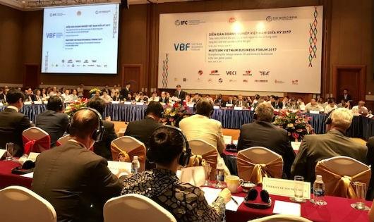 Phó Thủ tướng cho biết, hiện Việt Nam đang tạo mọi điều kiện để khu vực đầu tư trong nước phát triển, trong đó kinh tế tư nhân là một động lực quan trọng