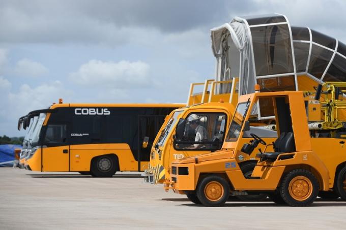 Các thiết bị, phương tiện hỗ trợ trong quá trình cất hạ cánh tại sân bay Vân Đồn.