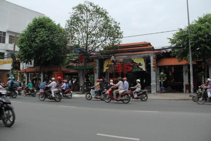 Nhà hàng 45 tại khu đất 97 Quang Trung, Gò Vấp mang về cả tỷ đồng mỗi năm cho Công ty CP Dược liệu TW 2?