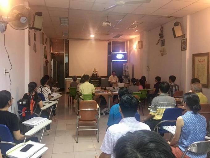 Ngày càng nhiều người tìm đến lớp học của giáo sư Hải.