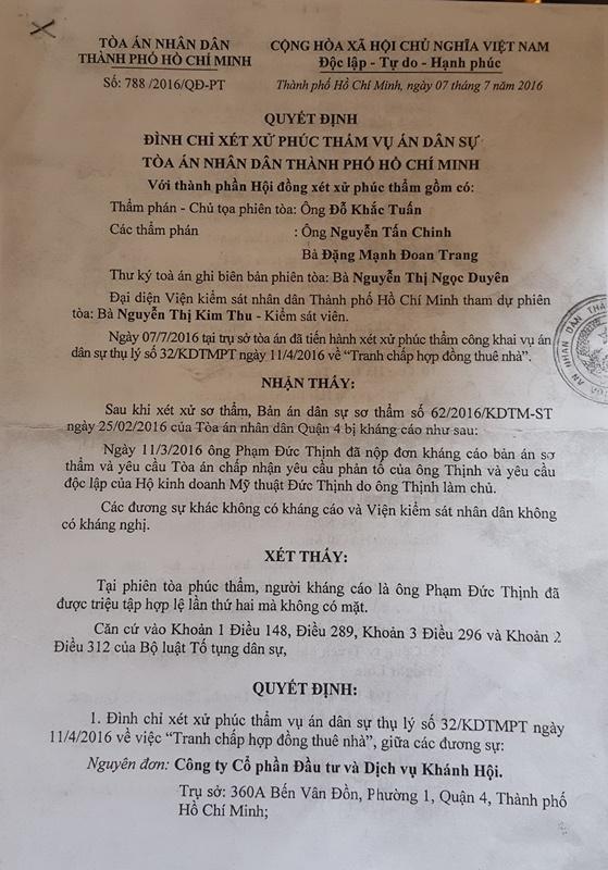 Quyết định Đình chỉ xét xử phúc thẩm của TAND TP HCM do Thẩm phán Đỗ Khắc Tuần ký.