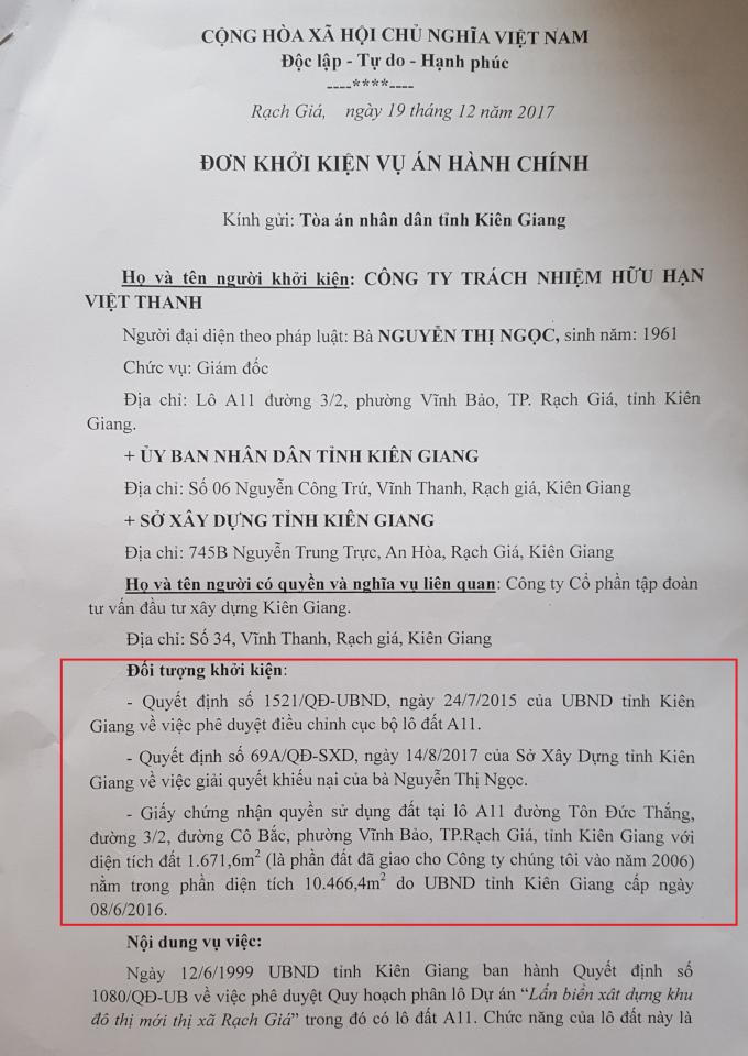 Bà Nguyễn Thị Ngọc, Giám đốc Công ty Việt Thanh đang khởi kiện các Quyết định của UBND tỉnh Kiên Giang và Sở Xây dựng liên quan đến việc điều chỉnh quy hoạch khu đất A11
