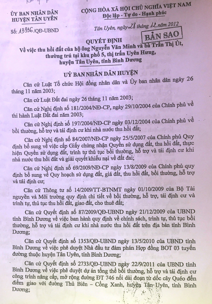 Quyết định thu hồi đất gia đình ông Minh (bố ông Tân) năm 2012.