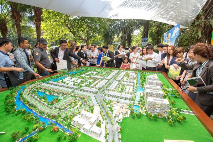 Một dự án của Địa ốc Phú Long được đông đảo khách hàng và nhà đầu tư quan tâm.