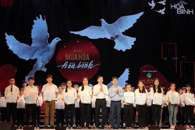 """Novaland liên tiếp đồng hành Chương trình """"Tuổi trẻ Việt Nam – Câu chuyện hòa bình"""", một thương hiệu âm nhạc cộng đồng của Trung ương Hội Sinh viên Việt Nam và báo Tuổi Trẻ."""