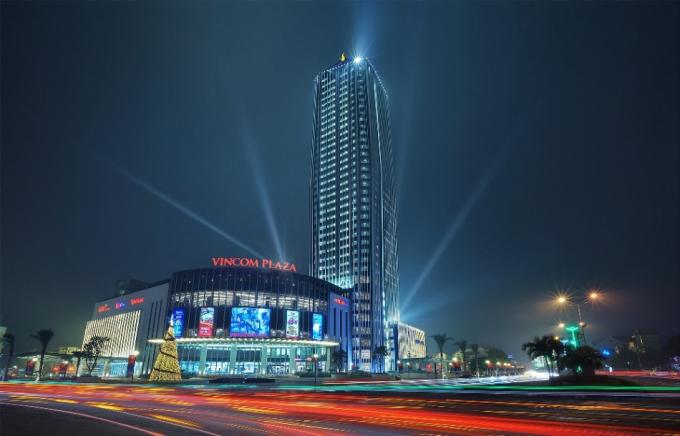 Vinpearl Hà Tĩnh Hotel là tòa nhà cao nhất khu vực Bắc trung bộ.