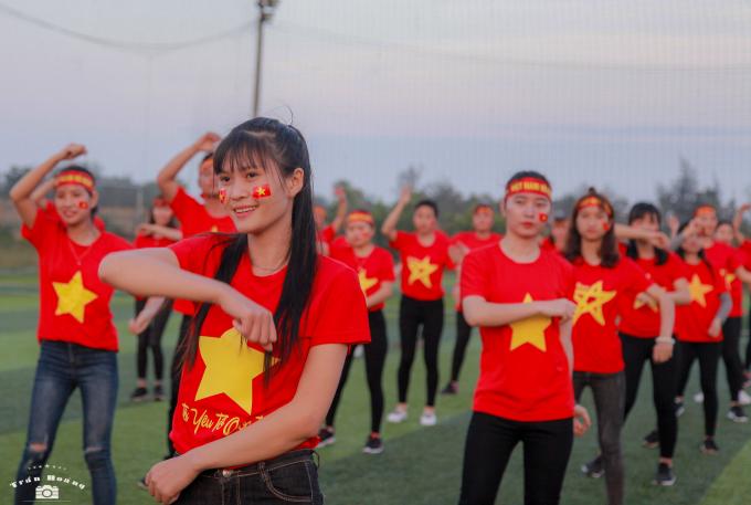 Yêu lắm con người Việt Nam.