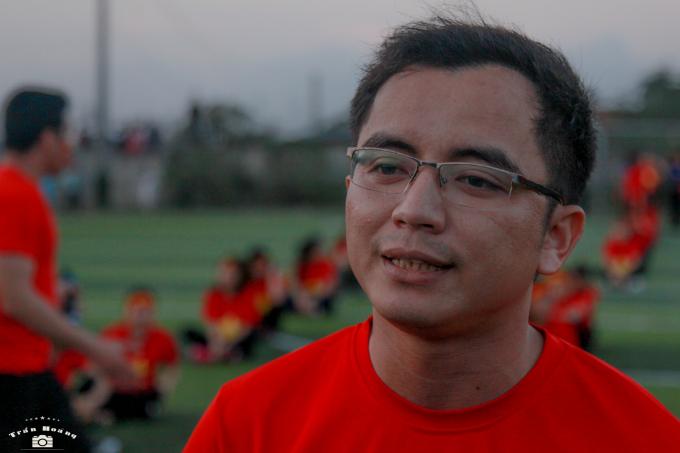Thầy Biện Văn Quyền - Bí thư đoàn trường tin chắc Việt Nam sẽ vô địch.