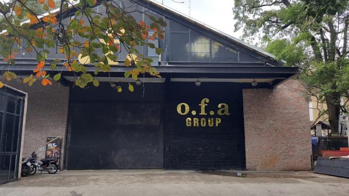 Quán Bar F.CLUB (hay Bar OFA) Hà Nội vẫn ngang nhiên hoạt động bất chấp mọi lực lượng chức năng xử phạt.http://anhbaochi.org