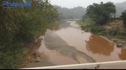 Khu vực cầu Ngõa cách nhà máy xả thải gần 5 km (Ảnh: Tiến Vũ)