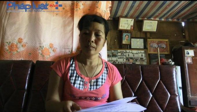 Chị Trần Thị Thúy tố cáo ông Nghiêm Xuân N nhiều lần xâm hại tình dục con gái mình (Ảnh: Tiến Vũ)