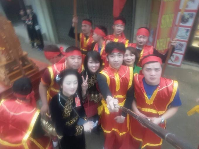 Nam thanh nữ tú tại huyện Trùng Khánh, Cao Bằng tham gia lễ hội dân gian độc đáo.