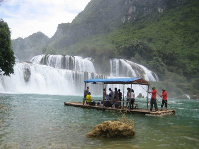 Thác Bản Giốc, tiềm năng du lịch của tỉnh Cao Bằng.
