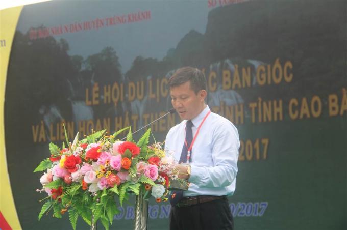 Ông Phạm Văn Cao, Bí thư Huyện ủy Trùng Khánh phát biểu tại buổi lễ.