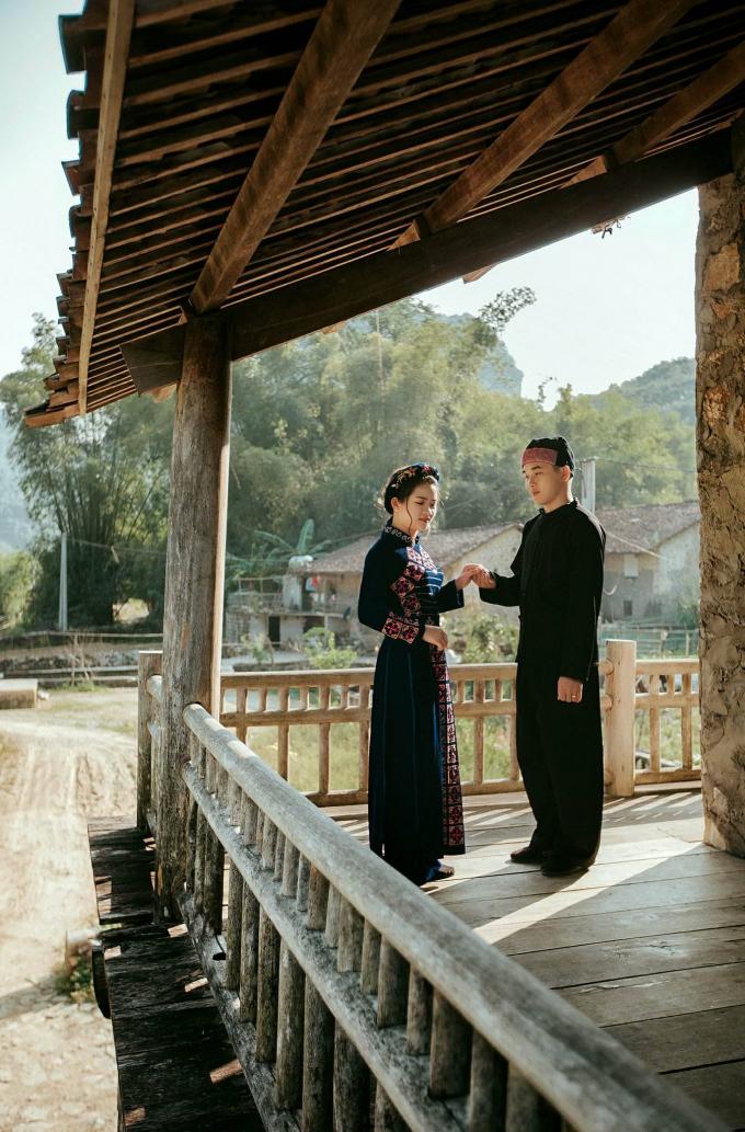Đẹp lung linh với bộ ảnh cưới tại Thác Bản Giốc của cặp uyên ương người Tày