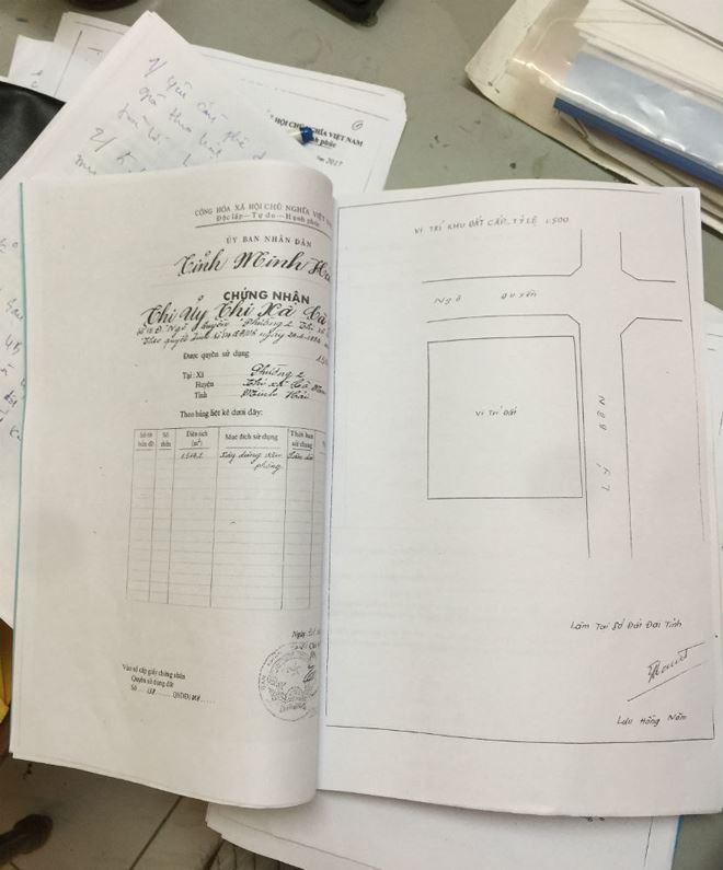 """""""Sổ đỏ"""" cấp cho Thị ủy Cà Mau và được UBND tỉnh Cà Mau bán đấu giá theo Luật Quản lý, sử dụng tài sản nhà nước"""