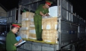 Bắt giữ xe tải chở gần 3,5 tấn nội tạng động vật thối