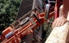 Gia Lai: Xe đầu kéo lật nghiêng trên cầu, tài xế tử nạn trong cabin
