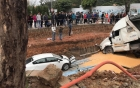 [Clip]: Khoảnh khắc container mất lái lao qua dải phân cách đâm nát 3 xe ô tô con
