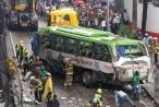 Xe tải mất phanh lao vào hiệu bánh mỳ, 6 người thiệt mạng