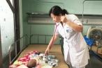 Ngỡ cảm cúm thông thường, bất ngờ hàng loạt trẻ nhập viện thở máy