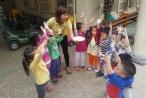 Tết Hàn thực, ngắm các em bé làm bánh trôi