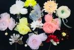 Những bông hoa handmade giúp phái đẹp làm mới trang phục của mình