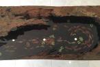 Kỳ thú ngắm đàn cá chép 108 con 'bơi' trong gỗ sơn huyết
