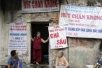 Biển hiệu 'phủ bóng thời gian' ở phố cổ Hà Nội