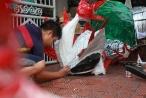 'Nghệ nhân nhí' ở Hà Nội làm đầu sư tử dịp Tết Trung thu