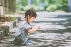 Bé gái 3 tuổi 'vụt sáng' thành ngôi sao mạng xã hội sau khi bố khoe hàng trăm bức ảnh chụp con gái