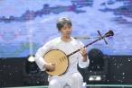 Nguyên Khang vào vai ông Tư chơi đàn nguyệt với 'Dạ cổ hoài lang'